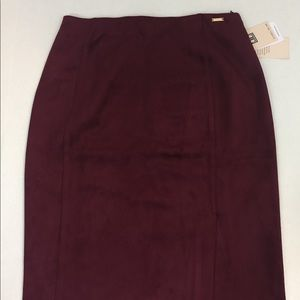 Women's IVANKA TRUMP Burgundy Skirt Size Medium